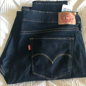 LEVI 311 SHAPING JEANS SIZE 33